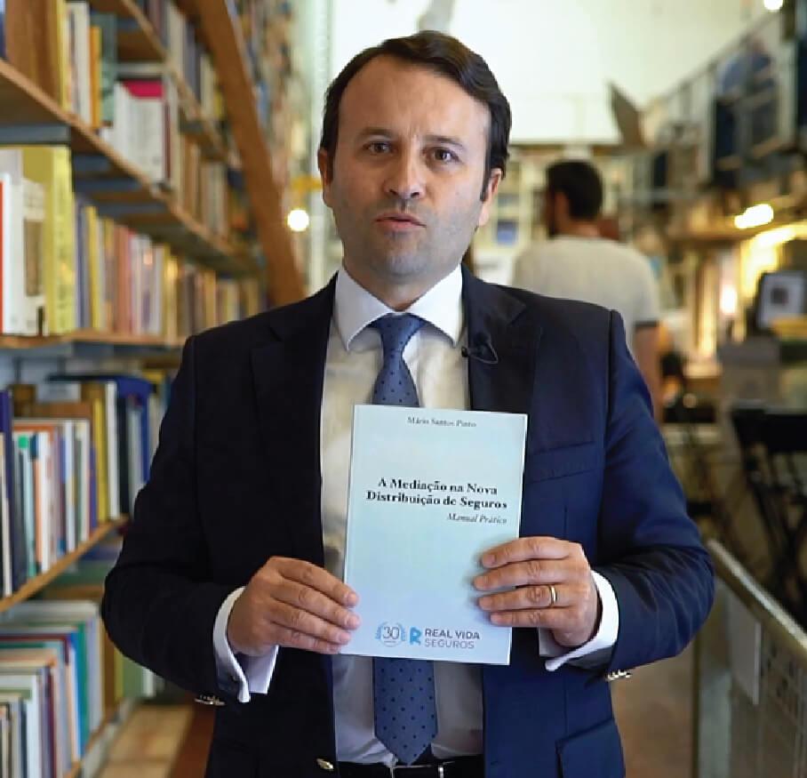 """Real Vida Seguros promove o livro  """"A Mediação na Nova Distribuição de Seguros"""" <br>de Mário Santos Pinto"""